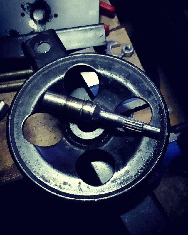 Shaft out of Pulley.jpg